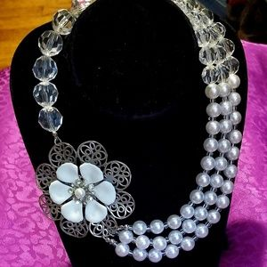 Acrylic bead & pearl enamel flower necklace